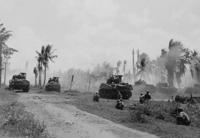 40th inf div 185th inf regt m4 sherman and troops panay island philippines photographer kia 031845 (1 of 1)