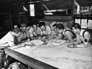 43rd bg briefing 1942 australia450