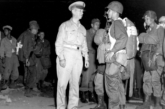 Gen Kruger with 511th PIR 11th Airborne 45 4x6