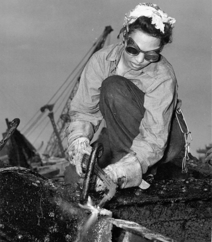 Hawaiian Female Salvage Worker Pearl Harbor 43 943