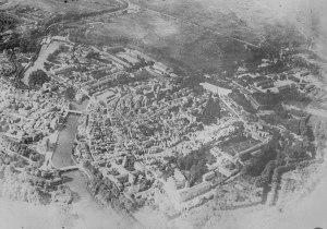 Aerial view of Verdun, 1916.