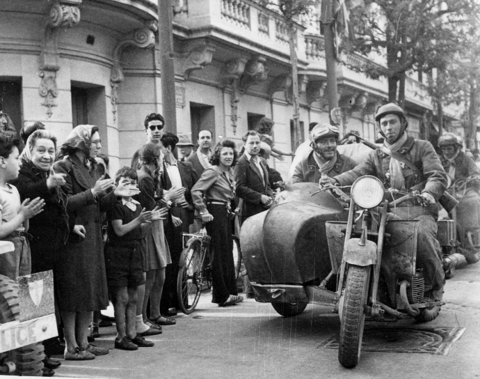 French Motorcycle Troops Enter Tunis to Cheering Crowds (1 of 1)