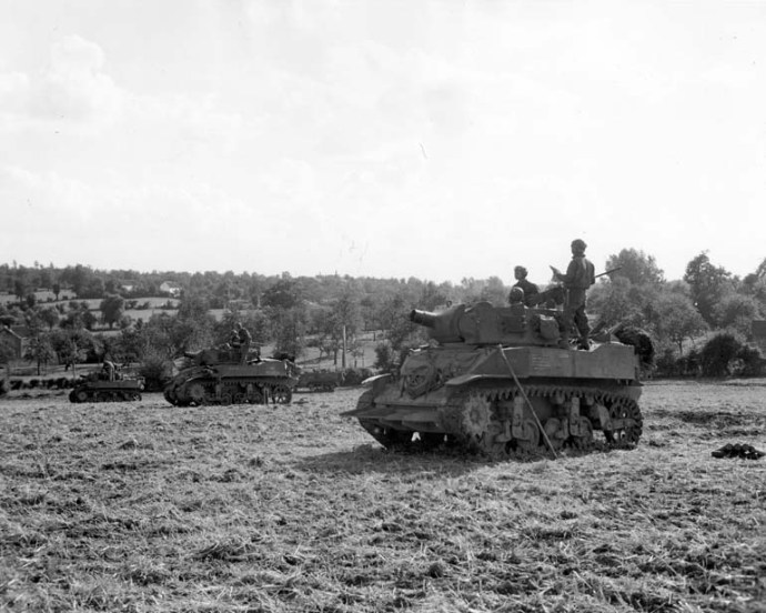 113th cav recon reg m8 tanks heure le remam belgum sept 9 44